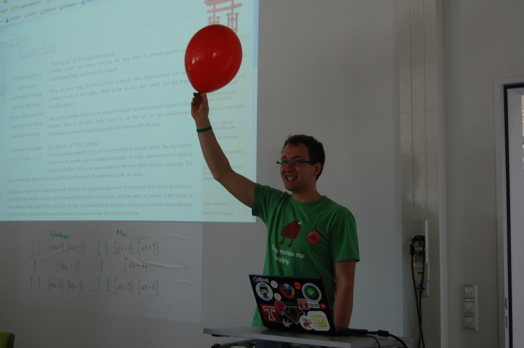 Trying to get some attention at a Rails Girls Berlin workshop